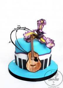 Music and Iris cake