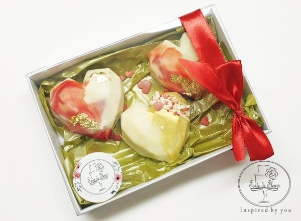 Cake Hearts Box